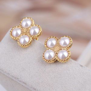 Tory Burch  Four-Leaf Clover Pearl Stud Earrings